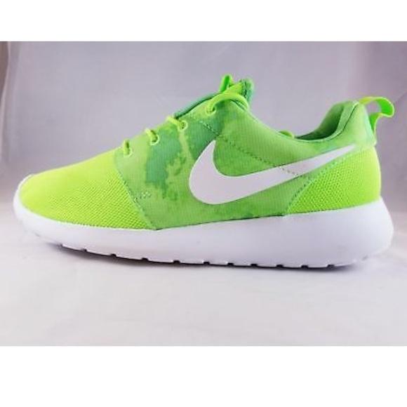 neon nike shoes